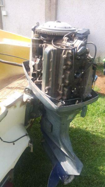 Johnson boat engine 3 cylinder
