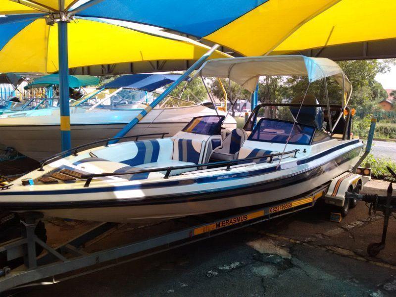 Tobago 19 feet 200 Yamaha