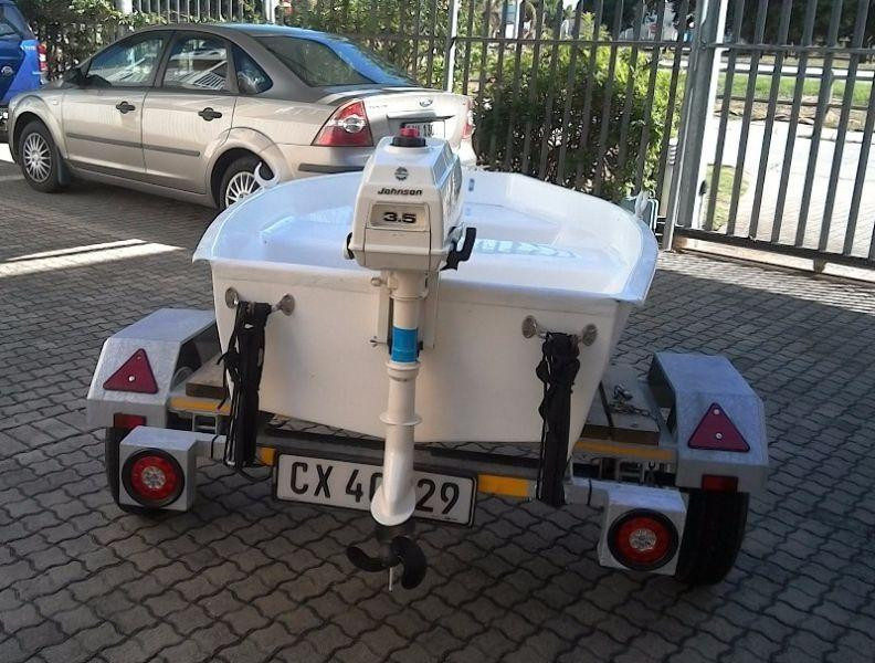 FIBREGLASS DINGHY FOR SALE - SEDGEFIELD AREA