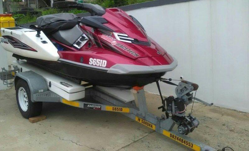 YAMAHA 180 HO FISHING JET SKI