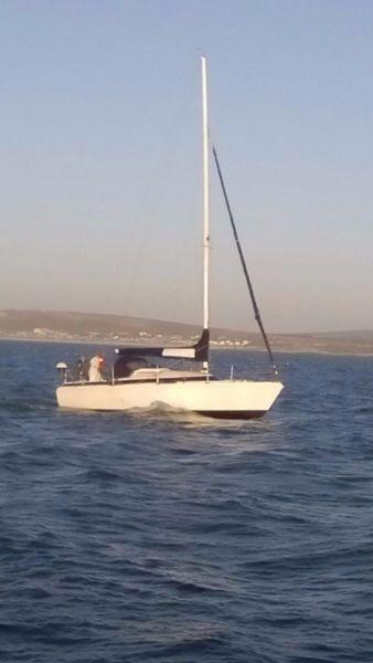 GOOD DEAL! MAKE AN OFFER! S26 Lavranos cruising yacht West Coast. Call Ange` 082 883 0799