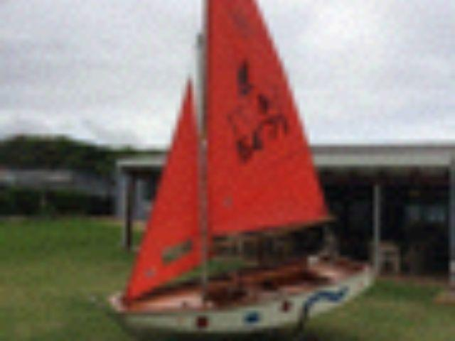 Mirror Sailing Dinghy