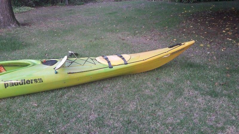 Kayak Echo Bezhig. Excellent condition. With paddle and splash cover