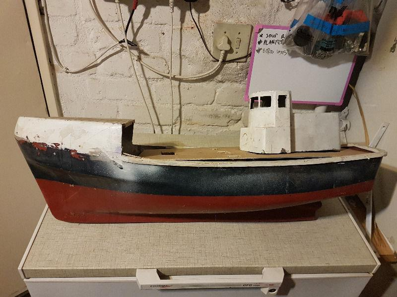 Incomplete model trawler