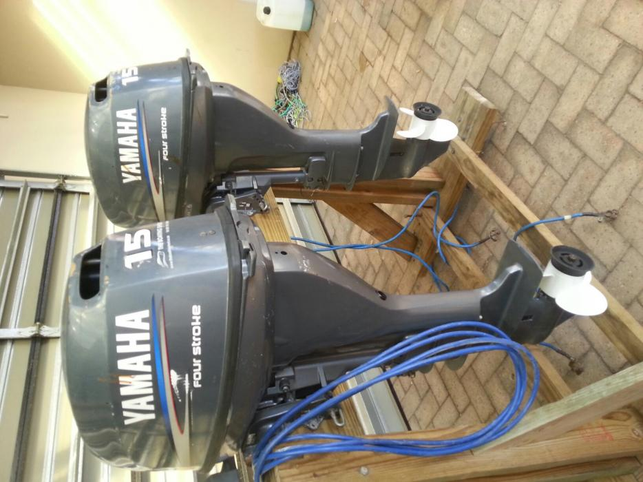 Pair of 2004 Yamaha 15hp Four Strokes.E/S.L/S-R26000 for both