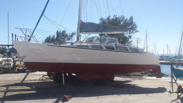GOOD DEAL!!! Make an Offer! 35 Ft Coral Sea catamaran for sale R749k neg. Call Ange` 082 883 0799