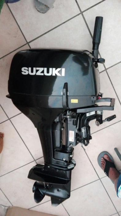 15hp Suzuki outboard motor for sale