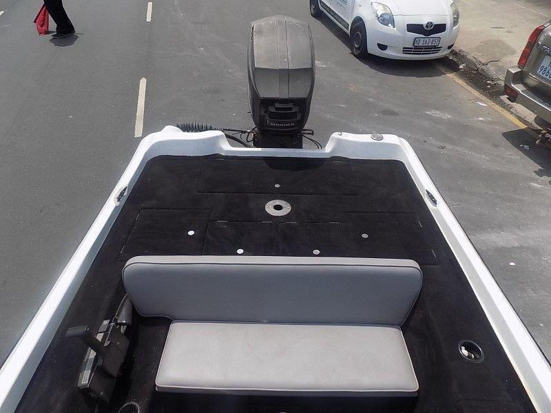 Bass venom 17 ft on trailer 150 hp mariner v6 trim & tilt
