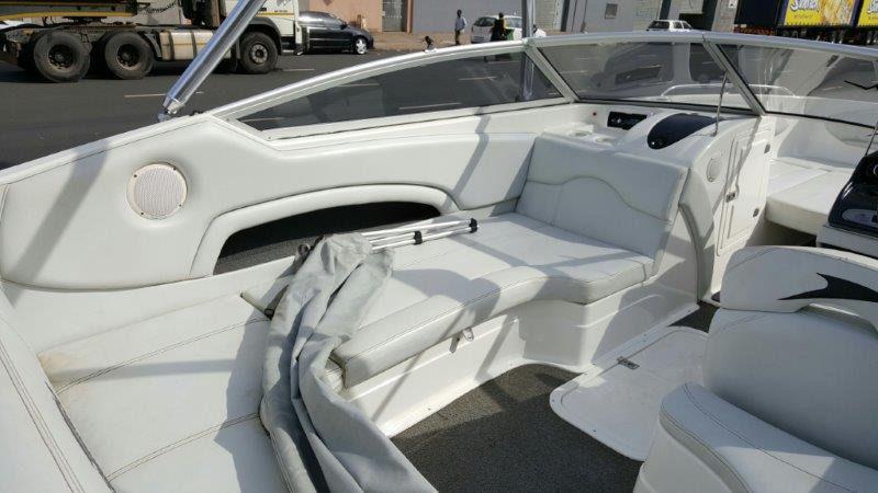 Motor Boat Panache 2450 with Volvopenta 5.7L V8