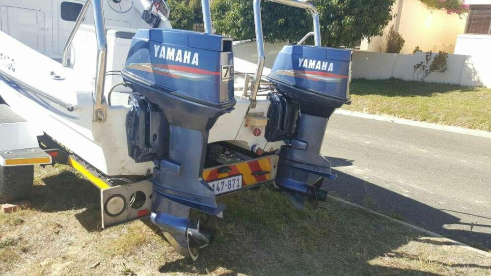 Yamaha outboard boat engines 2 x 70hp
