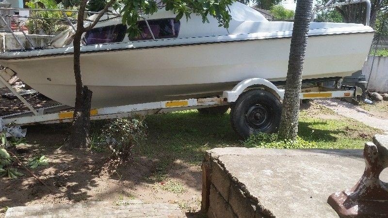 Reduced !!!!!Cabin Cruiser boat on trailer -MOTOR OPTIONAL
