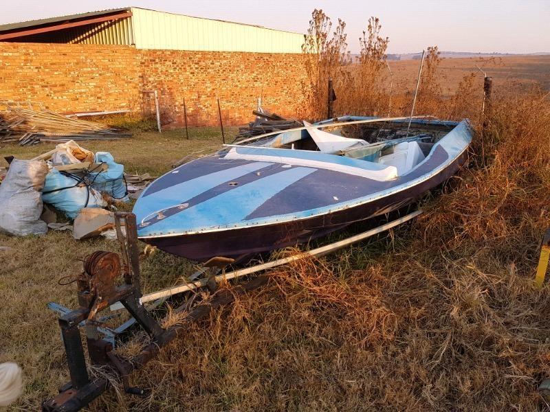Mercruiser boat