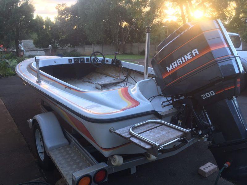 Project dam boat