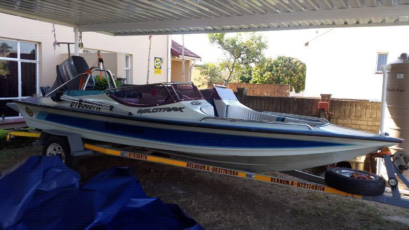 Mini Xtaski Boat