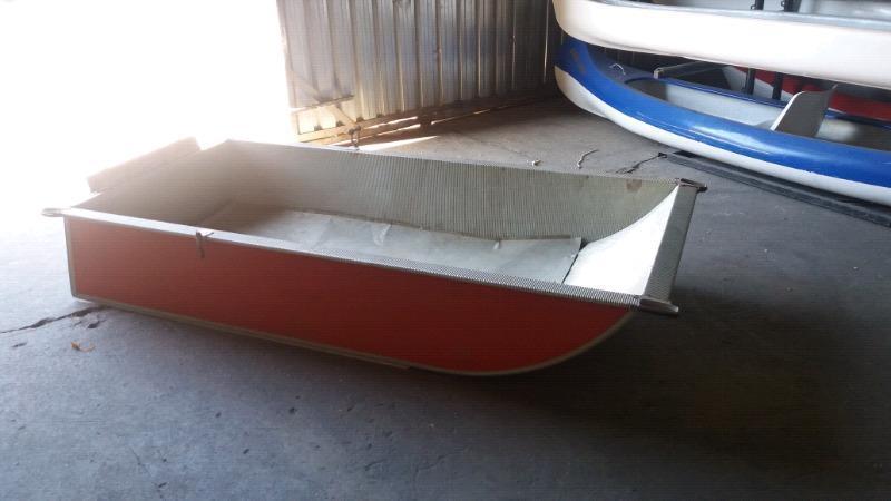 2.5m aluminium dinghy