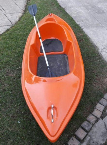 Rowing boat and paddles