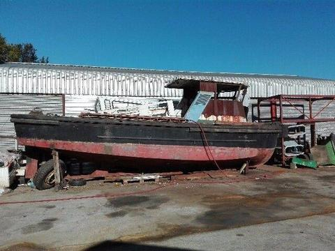 Small tug type bout for sale