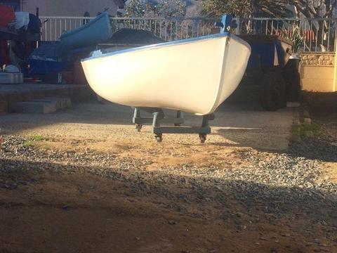 Dingie boat