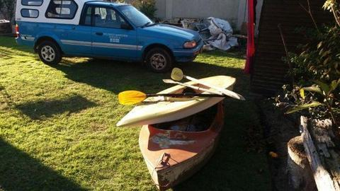 paddle canoes two