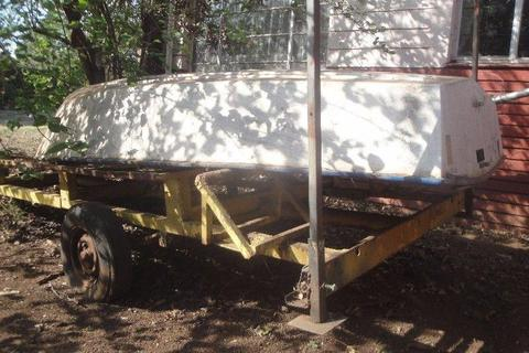 Self Sailing Dinghy Boat and Road Trailer For Sale