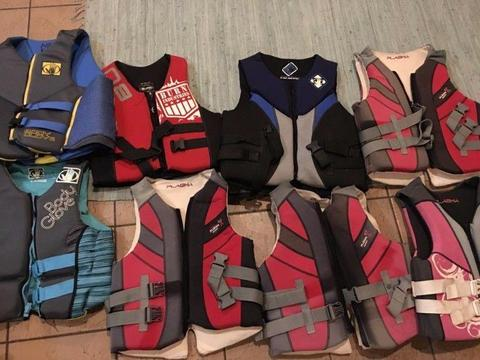 Adult Life Jackets - NEOPRENE - Excellent condition, Medium to X Large