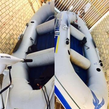 Inflatable Dinghy with electric motor and accessories