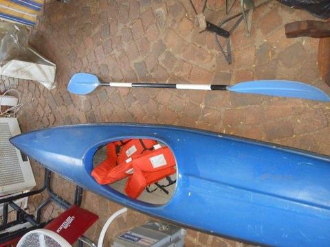 Single seat Canoe + Accessories