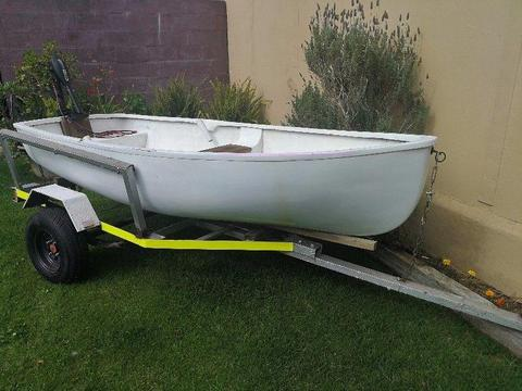 Dinghy/ Small boat