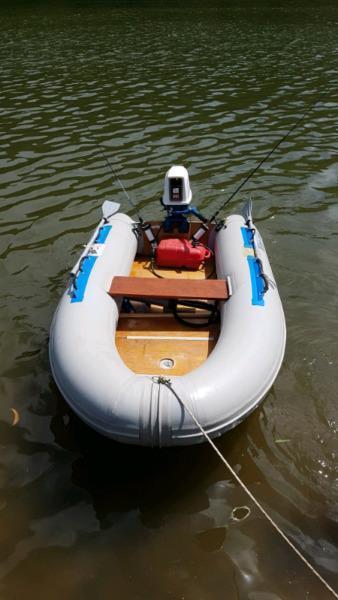 Prestige 3m duck & Suzuki 9.9hp motor