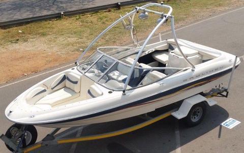 Bayliner Boats Watercraft - Brick7 Boats