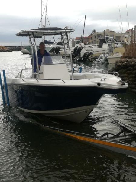 - 21 Sensation Offshore CC, 90hp Four strokes (low hours)..R385,000 immaculate condition!