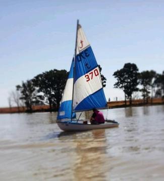 Sail dingy/ small fishing boat