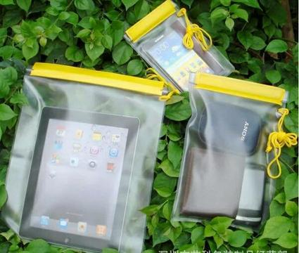 water proof bags set of 3 for sale new