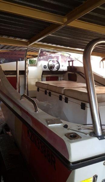 20 foot Deepvee boat 2 x 90hps motors
