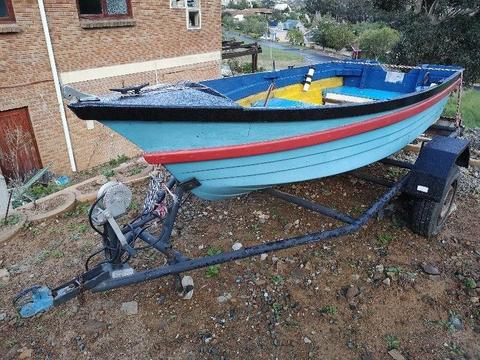 Small Fishing and rowing boat with Lisenced and roadworthy trailor