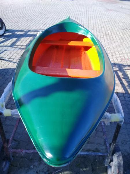 Im selling my paddle boat, im in Blackheath, capetown, price R1000