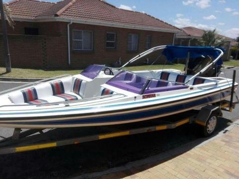 18ft Scimitar Ski Boat for Sale