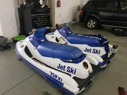 Kawasaki 750cc jetskis