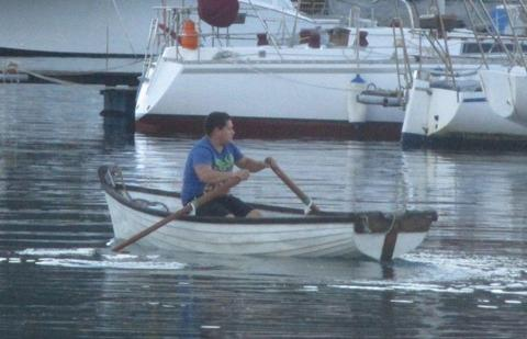 Rowing dinghy