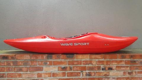 Whitewater KAYAK Wavesport Diesel 75