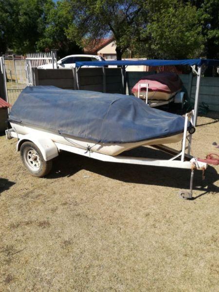Bass boat longliner on trailer
