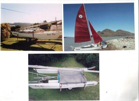 Eighteen foot catamaran