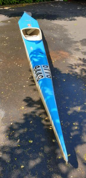 Canoe with splash cover